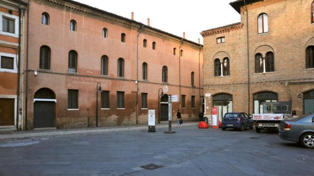 Piazzetta Einaudi, via Diaz 07