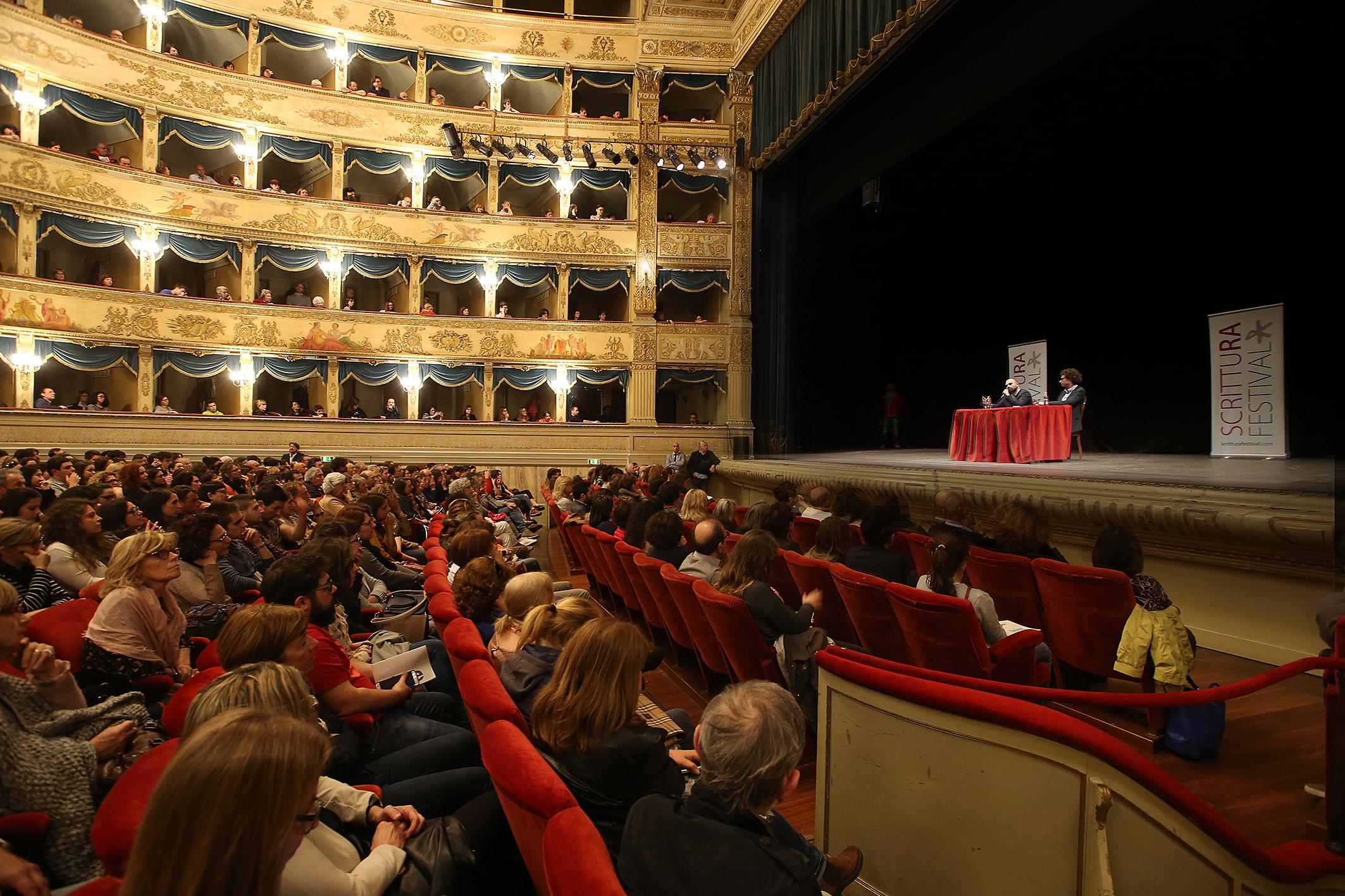 RAVENNA 11/04/17. ROBERTO SAVIANO AL TEATRO ALIGHIERI