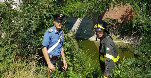 Il salvataggio di carabinieri e vigili