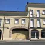 La palazzina in via Garibaldi a Russi sequestrata in un'inchiesta dell'Antimafia di Napoli perché di proprietà di una società sospettata di riciclaggio