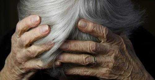 Alzheimer, Anziano