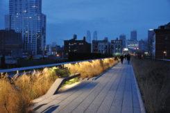 High Line Public Park, New York, veduta notturna