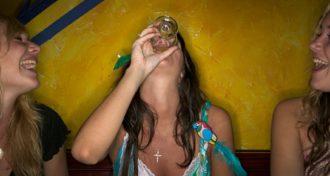 Ragazze Discoteca Alcol Festa Generica