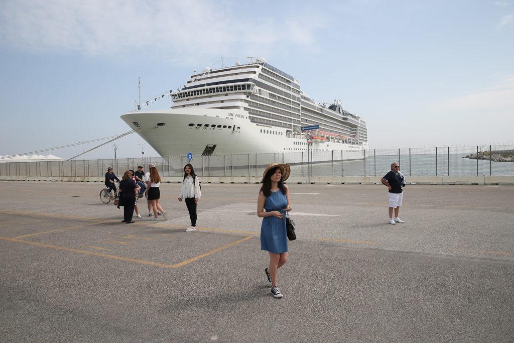 RAVENNA 29/04/18. Terminal Passeggeri, Nave MSC Poesia.