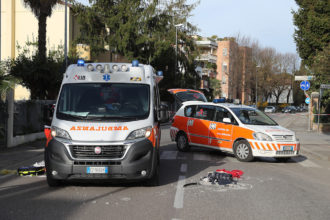 RAVENNA 3/04/18. INCIDENTE IN VIA MANGAGNINA, CICLISTA INVESTITO