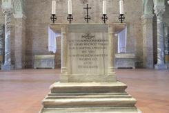 Sant'Apollinare In Classe Altare