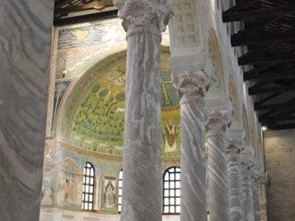 44 Basilica Sant'Apollinare
