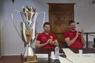 Poglajen E Verhees Con La Challenge Cup