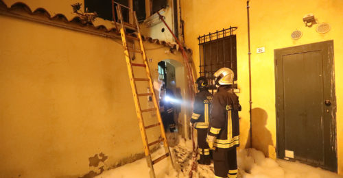 RAVENNA 23/12/2018. INCENDIO IN UNA CASA DI VIA PAOLO COSTA