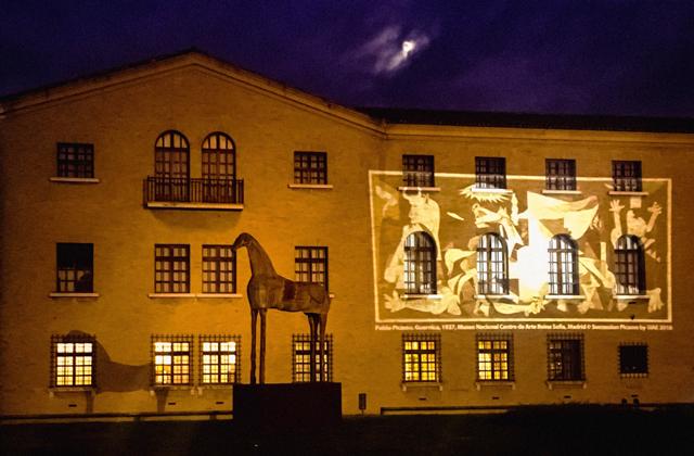 Guernica Proiezione Mar