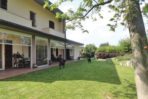 Classe, Splendida Villa Con Grande Parco