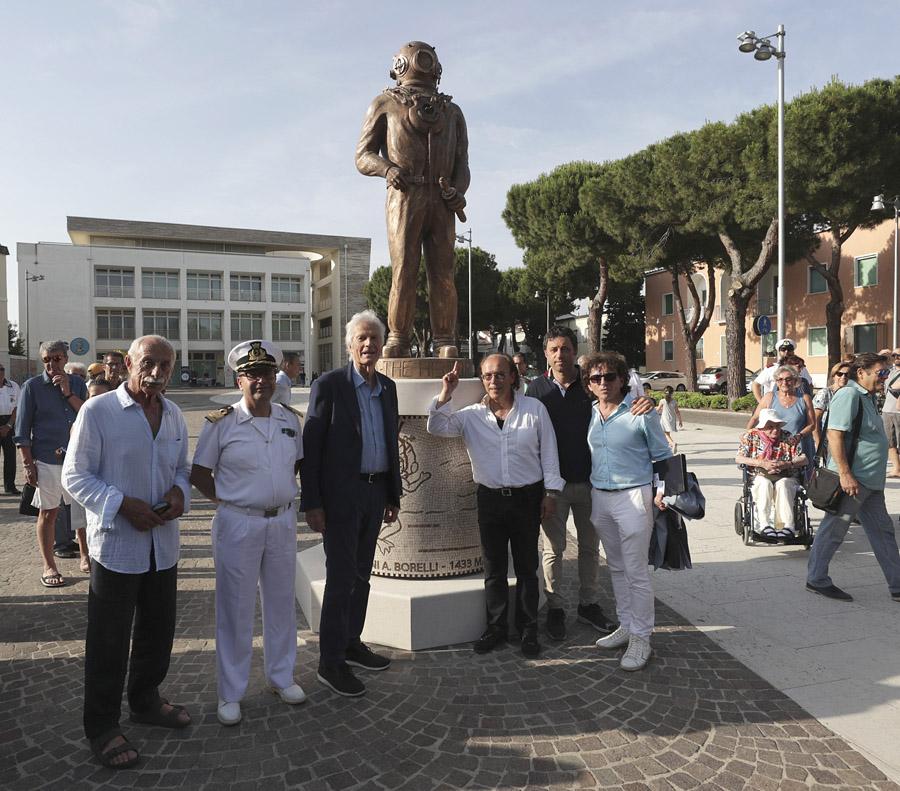 RAVENNA 15/06/2019. MARINA DI RAVENNA, INAUGURATO IL MONUMENTO AL PALOMBARO