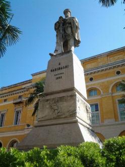 19 10 17 Statua Giuseppe Garibaldi