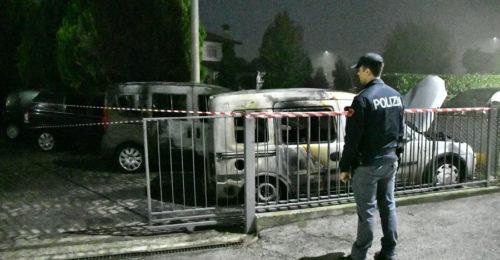 Incendio Auto Madonna Albero