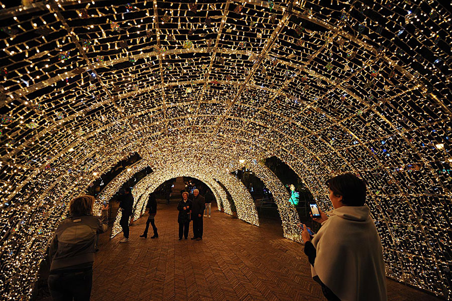 Milano Marittima Natale Tunnel Di Luci 1