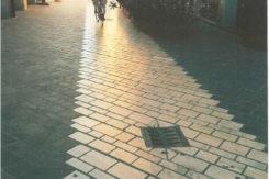 Via Mazzini, Luogo Dell'incidente (sulla Fascia Bianca Di Pietra Di Apricena