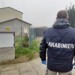 I carabinieri nella casa dell'omicidio di via Aguta