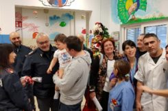 Polizia Ospedale Pediatria 2