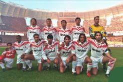 Bari Serie A Ricci Terzo Da Dx Accosciati