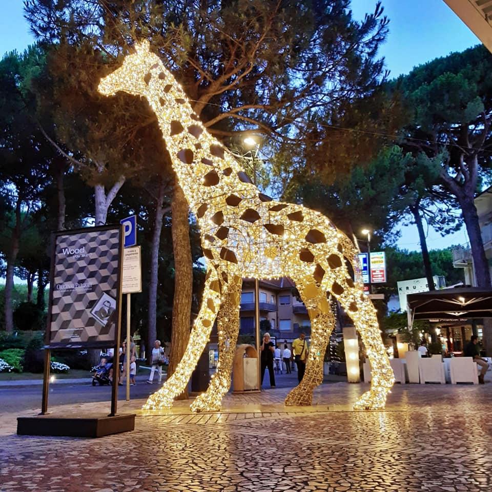 """Uno """"zoo"""" in centro a Milano Marittima: sono tornate le ..."""