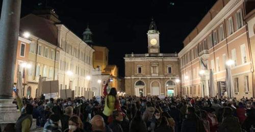 Protesta Ravenna Piazza Popolo