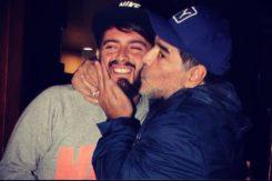 diego maradona bacia il figlio