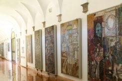 I mosaici contemporanei allestiti al piano terra del Mar di Ravenna