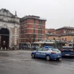 Rapina Edicola Porta Serrata