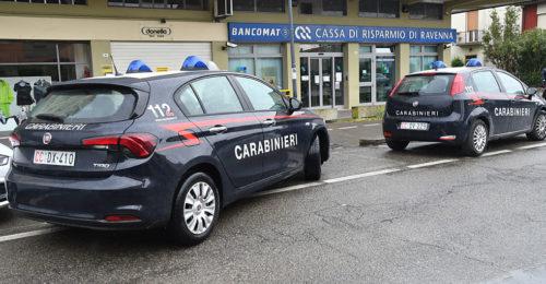 Rapina Cassa Via Marche