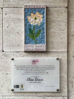 Fiore + Targa In Memoria Di Elisa