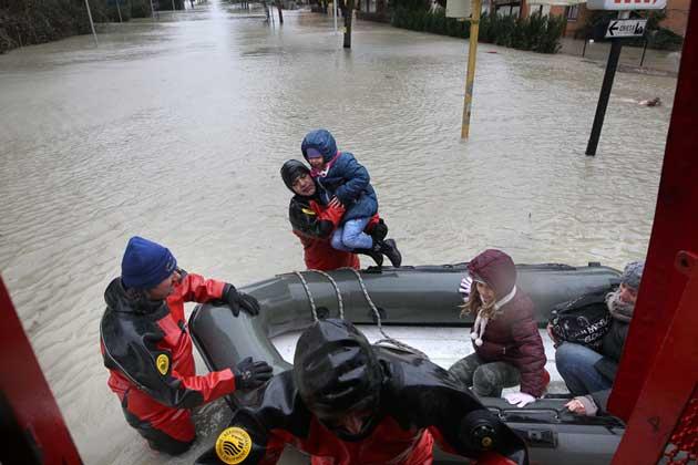 alluvione vigili